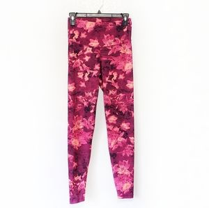 Old Navy leggings Active pink floral Go Dry Small